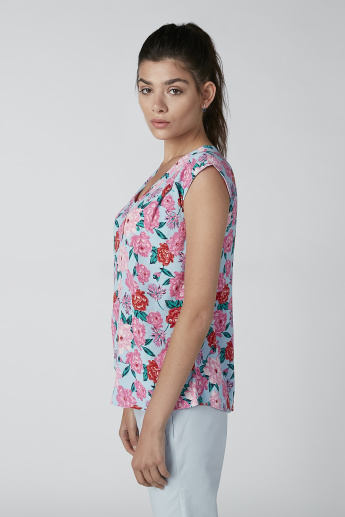 Floral Printed Sleeveless Top with V-neck