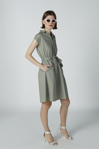Solid Tunic with Tie Ups and Spread Collar
