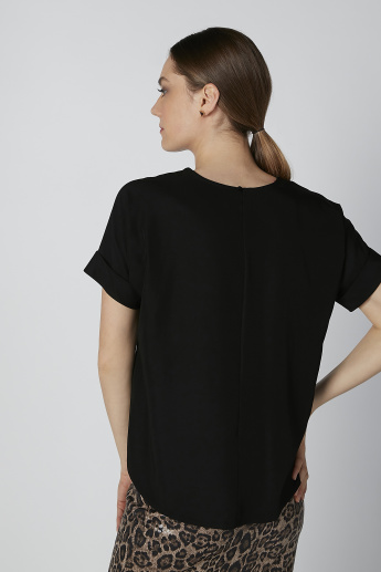 Plain Top with Round Neck and Apple Hem