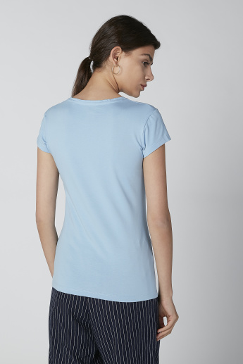 Solid T-shirt with Cap Sleeves and Round Neck