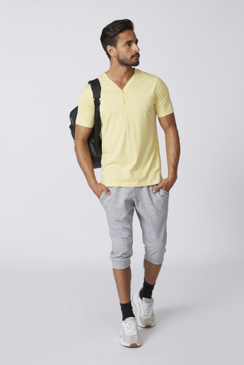 Sustainable Plain T-shirt with V-neck and Short Sleeves