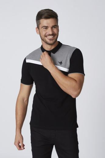 Sustainable Slim Fit Textured T-shirt with Polo Neck and Short Sleeves