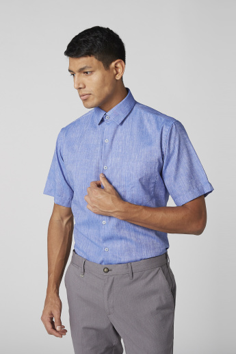 Textured Pocket Detail Shirt with Short Sleeves and Complete Placket