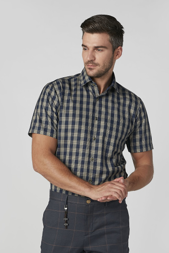 Easy Iron Checked Shirt with Patch Pocket and Short Sleeves