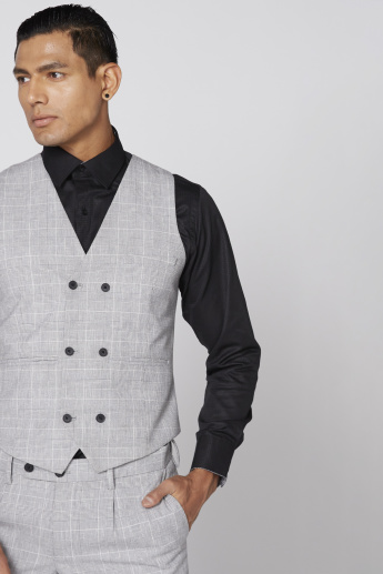 Chequered Sleeveless Waistcoat with Complete Placket
