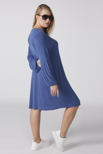 Textured Midi Dress with Round Neck and Long Sleeves