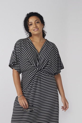 Striped Midi Dress with V-Neck and Extended Sleeves