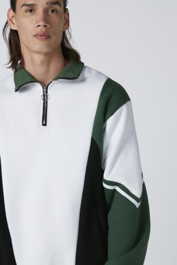 Sweatshirt with Long Sleeves and Zip Detail