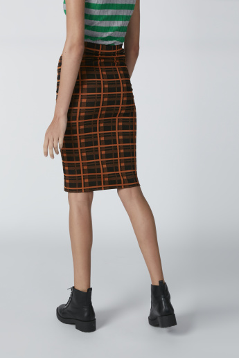 Chequered Bodycon Midi Skirt with Button Detail