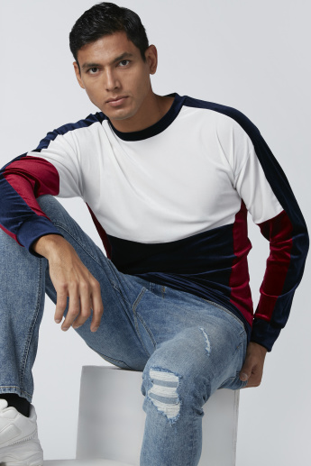 Cut and Sew Patterned Sweatshirt with Long Sleeves