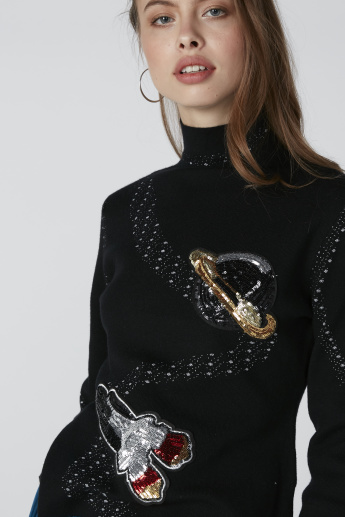 Embellised Top in Regular Fit with Long Sleeves