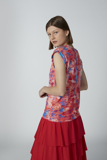 Printed Top with Cap Sleeves and Round Neck