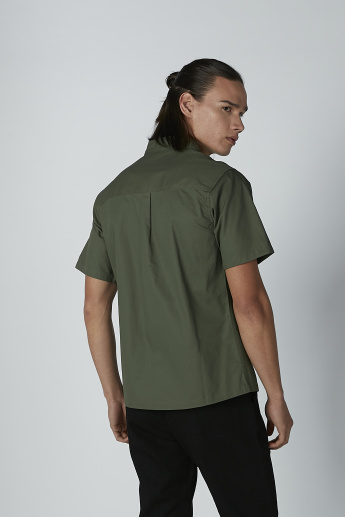 Plain Shirt with Short Sleeves and Chest Pocket Detail