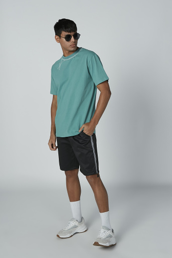 Plain Shorts with Tape and Pocket Detail