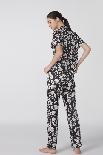Floral Printed Short Sleeves Shirt and Pyjama Set