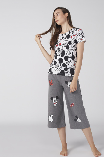 Mickey Mouse Printed Short Sleeves T-Shirt with Capris