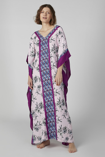 Printed Sleep Dress with V-neck and 3/4 Sleeves