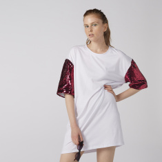 Round Neck Oversized T-Shirt with Sequin Detail and Short Sleeves