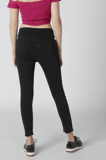 Pocket Detail Jeans in Skinny Fit with Frayed Grazers
