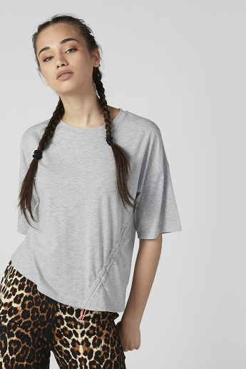 Plain T-shirt with Round Neck and Drop Shoulder Sleeves