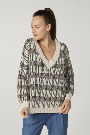 Chequered Sweater with V-neck and Long Sleeves