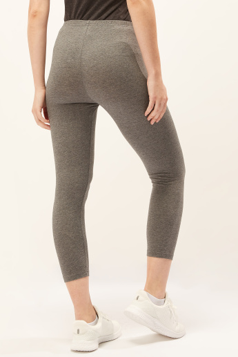 Solid Cropped Leggings with Elasticised Waistband