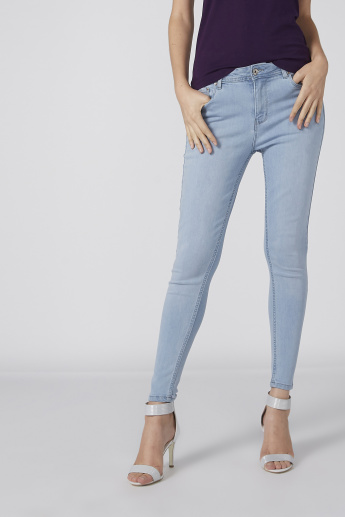 Pocket Detail Full Length Jeans in Skinny Fit with Button Closure