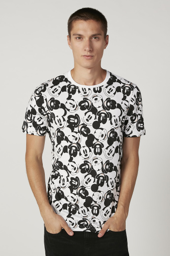 Sustainability Slim Fit Mickey Mouse Printed T-shirt with Crew Neck
