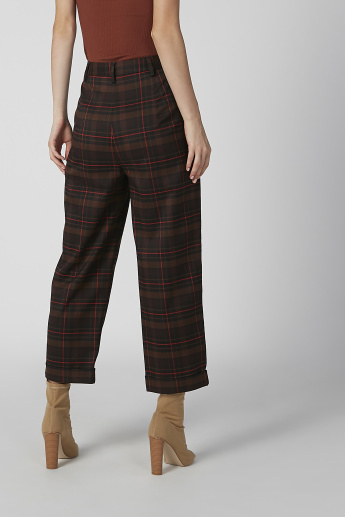 Chequered Mid Waist Pants with Elasticised Waistband and Pocket Detail