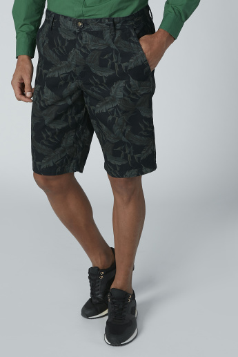 Tropical Printed Shorts with Pocket Detail